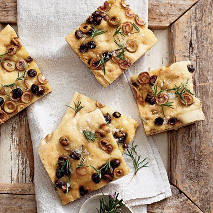 recette focaccia aux olives et romarin