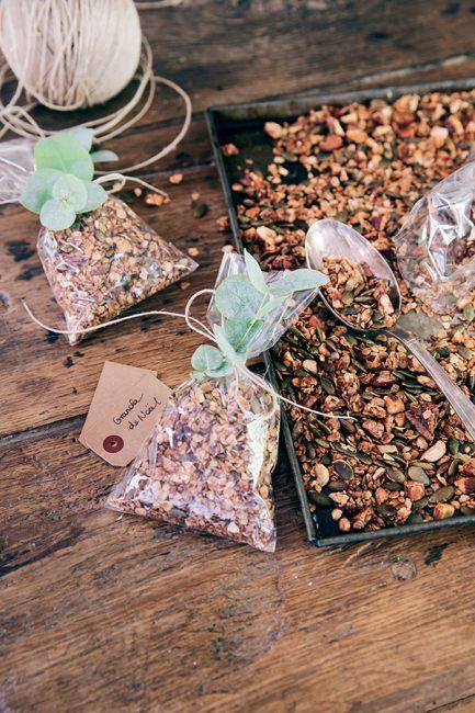 recette de granola maison pour des cadeaux d'assiettes