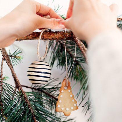 recette de sablés de Noël à accrocher sur le sapin