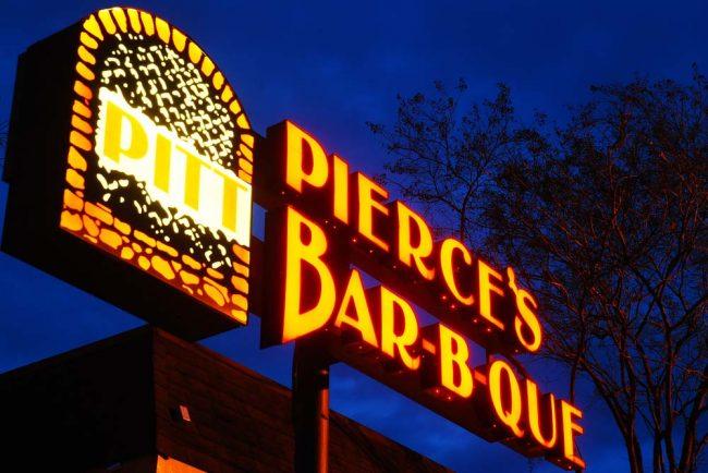 Pierce Bar B Que